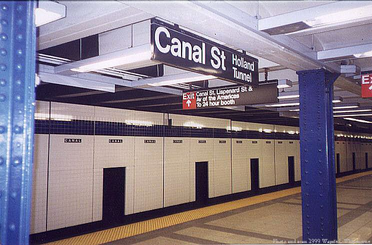 (79k, 744x490)<br><b>Country:</b> United States<br><b>City:</b> New York<br><b>System:</b> New York City Transit<br><b>Line:</b> IND 8th Avenue Line<br><b>Location:</b> Canal Street-Holland Tunnel <br><b>Photo by:</b> Wayne Whitehorne<br><b>Date:</b> 1/16/1999<br><b>Viewed (this week/total):</b> 2 / 3922