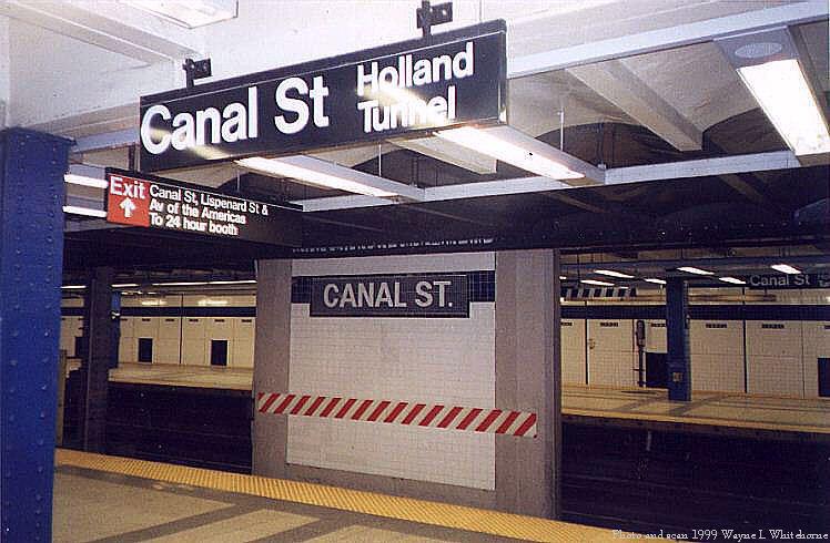 (74k, 748x490)<br><b>Country:</b> United States<br><b>City:</b> New York<br><b>System:</b> New York City Transit<br><b>Line:</b> IND 8th Avenue Line<br><b>Location:</b> Canal Street-Holland Tunnel <br><b>Photo by:</b> Wayne Whitehorne<br><b>Date:</b> 1/16/1999<br><b>Notes:</b> Curtain roll tablet<br><b>Viewed (this week/total):</b> 1 / 3846