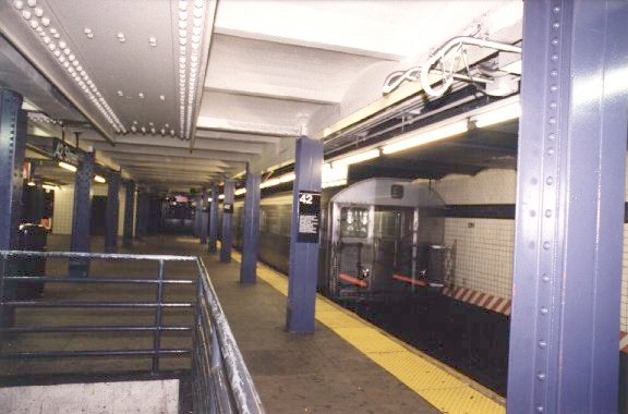 (47k, 576x380)<br><b>Country:</b> United States<br><b>City:</b> New York<br><b>System:</b> New York City Transit<br><b>Line:</b> IND 8th Avenue Line<br><b>Location:</b> 42nd Street/Port Authority Bus Terminal <br><b>Photo by:</b> Peter Dougherty<br><b>Date:</b> 1997<br><b>Notes:</b> Southbound platform facing south<br><b>Viewed (this week/total):</b> 3 / 6353