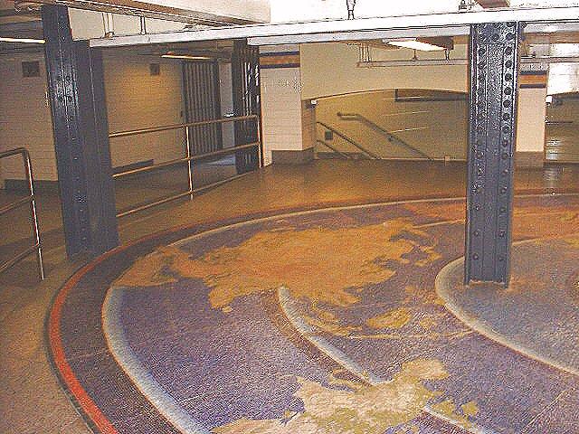 (106k, 640x480)<br><b>Country:</b> United States<br><b>City:</b> New York<br><b>System:</b> New York City Transit<br><b>Line:</b> IND 8th Avenue Line<br><b>Location:</b> Chambers Street/World Trade Center <br><b>Photo by:</b> Peggy Darlington<br><b>Date:</b> 11/2000<br><b>Artwork:</b> <i>Oculus</i>,  Jones/Ginzel (1998).<br><b>Viewed (this week/total):</b> 1 / 6219