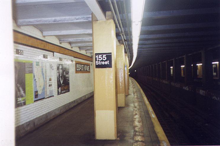 (48k, 743x492)<br><b>Country:</b> United States<br><b>City:</b> New York<br><b>System:</b> New York City Transit<br><b>Line:</b> IND Concourse Line<br><b>Location:</b> 155th Street/8th Avenue <br><b>Photo by:</b> Wayne Whitehorne<br><b>Date:</b> 9/24/1999<br><b>Viewed (this week/total):</b> 3 / 5597