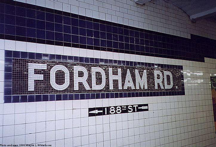 (83k, 724x492)<br><b>Country:</b> United States<br><b>City:</b> New York<br><b>System:</b> New York City Transit<br><b>Line:</b> IND Concourse Line<br><b>Location:</b> Fordham Road <br><b>Photo by:</b> Wayne Whitehorne<br><b>Date:</b> 9/24/1999<br><b>Viewed (this week/total):</b> 0 / 3157