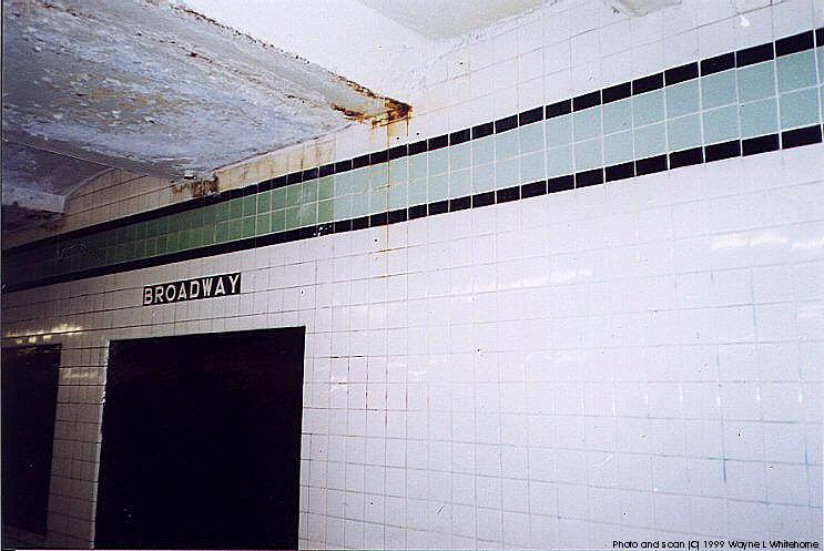 (71k, 743x497)<br><b>Country:</b> United States<br><b>City:</b> New York<br><b>System:</b> New York City Transit<br><b>Line:</b> IND Crosstown Line<br><b>Location:</b> Broadway <br><b>Photo by:</b> Wayne Whitehorne<br><b>Date:</b> 1/28/1999<br><b>Viewed (this week/total):</b> 8 / 3845