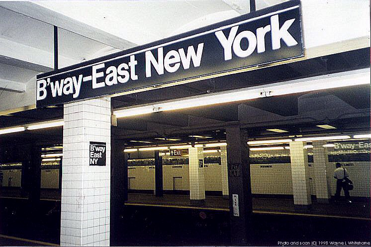 (96k, 746x497)<br><b>Country:</b> United States<br><b>City:</b> New York<br><b>System:</b> New York City Transit<br><b>Line:</b> IND Fulton Street Line<br><b>Location:</b> Broadway/East New York (Broadway Junction) <br><b>Photo by:</b> Wayne Whitehorne<br><b>Date:</b> 5/28/1998<br><b>Viewed (this week/total):</b> 3 / 4790
