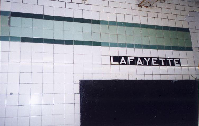 (41k, 752x478)<br><b>Country:</b> United States<br><b>City:</b> New York<br><b>System:</b> New York City Transit<br><b>Line:</b> IND Fulton Street Line<br><b>Location:</b> Lafayette Avenue <br><b>Photo by:</b> Wayne Whitehorne<br><b>Date:</b> 5/15/1999<br><b>Notes:</b> Station wall tile<br><b>Viewed (this week/total):</b> 0 / 3095