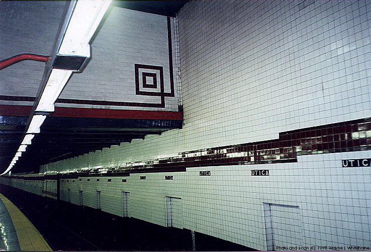 (101k, 738x502)<br><b>Country:</b> United States<br><b>City:</b> New York<br><b>System:</b> New York City Transit<br><b>Line:</b> IND Fulton Street Line<br><b>Location:</b> Utica Avenue <br><b>Photo by:</b> Wayne Whitehorne<br><b>Date:</b> 4/28/1998<br><b>Notes:</b> View of local track<br><b>Viewed (this week/total):</b> 2 / 3215
