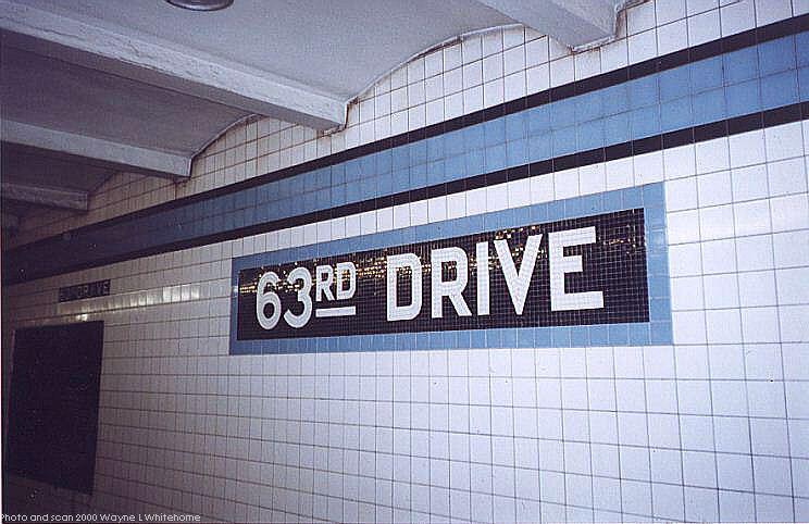(71k, 744x482)<br><b>Country:</b> United States<br><b>City:</b> New York<br><b>System:</b> New York City Transit<br><b>Line:</b> IND Queens Boulevard Line<br><b>Location:</b> 63rd Drive/Rego Park <br><b>Photo by:</b> Wayne Whitehorne<br><b>Date:</b> 1/8/2000<br><b>Viewed (this week/total):</b> 5 / 3162