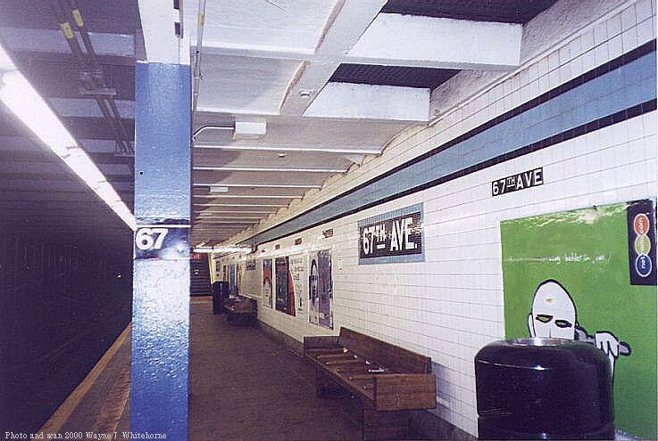 (73k, 737x495)<br><b>Country:</b> United States<br><b>City:</b> New York<br><b>System:</b> New York City Transit<br><b>Line:</b> IND Queens Boulevard Line<br><b>Location:</b> 67th Avenue <br><b>Photo by:</b> Wayne Whitehorne<br><b>Date:</b> 1/8/2000<br><b>Viewed (this week/total):</b> 5 / 4143