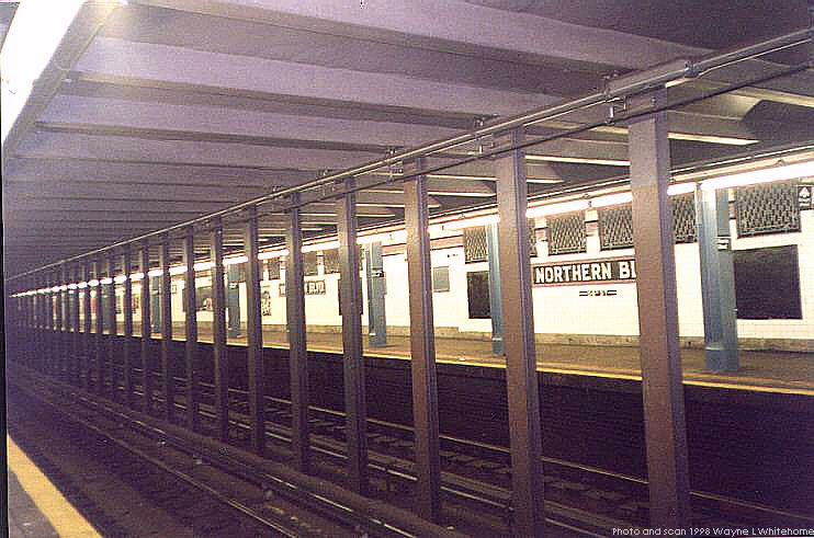 (78k, 742x491)<br><b>Country:</b> United States<br><b>City:</b> New York<br><b>System:</b> New York City Transit<br><b>Line:</b> IND Queens Boulevard Line<br><b>Location:</b> Northern Boulevard <br><b>Photo by:</b> Wayne Whitehorne<br><b>Date:</b> 9/30/1998<br><b>Viewed (this week/total):</b> 1 / 5066