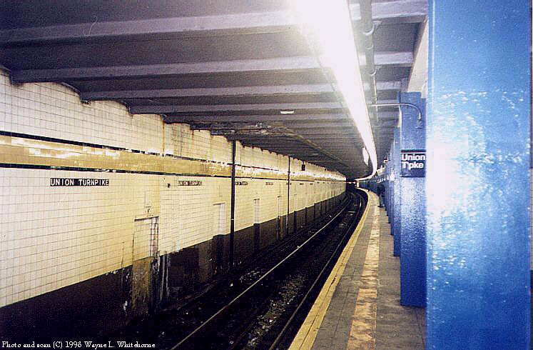 (93k, 747x490)<br><b>Country:</b> United States<br><b>City:</b> New York<br><b>System:</b> New York City Transit<br><b>Line:</b> IND Queens Boulevard Line<br><b>Location:</b> Union Turnpike/Kew Gardens <br><b>Photo by:</b> Wayne Whitehorne<br><b>Date:</b> 4/18/1998<br><b>Viewed (this week/total):</b> 2 / 3432