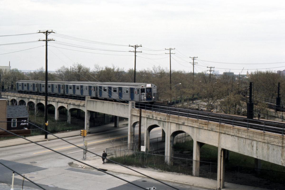 (378k, 1044x714)<br><b>Country:</b> United States<br><b>City:</b> New York<br><b>System:</b> New York City Transit<br><b>Line:</b> IND Rockaway<br><b>Location:</b> Hammels Wye <br><b>Car:</b> R-32 (Budd, 1964)   <br><b>Collection of:</b> David Pirmann<br><b>Date:</b> 5/14/1966<br><b>Viewed (this week/total):</b> 6 / 11841
