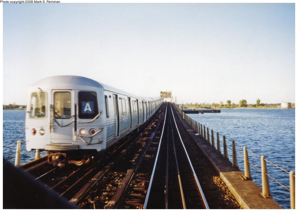 (211k, 1044x745)<br><b>Country:</b> United States<br><b>City:</b> New York<br><b>System:</b> New York City Transit<br><b>Line:</b> IND Rockaway<br><b>Location:</b> Jamaica Bay Crossing<br><b>Car:</b> R-44 (St. Louis, 1971-73)  <br><b>Photo by:</b> Mark S. Feinman<br><b>Date:</b> 1993<br><b>Notes:</b> A train of R44 cars heading south from Jamaica Bay Trestle<br><b>Viewed (this week/total):</b> 1 / 6561