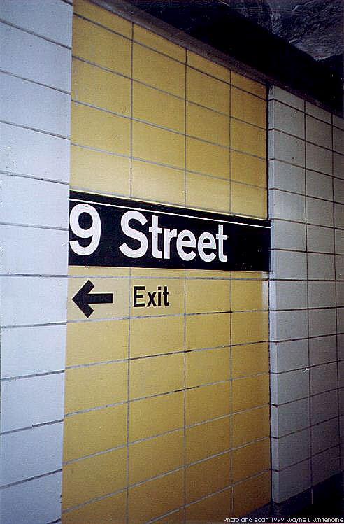 (60k, 492x749)<br><b>Country:</b> United States<br><b>City:</b> New York<br><b>System:</b> New York City Transit<br><b>Line:</b> BMT 4th Avenue<br><b>Location:</b> 9th Street <br><b>Photo by:</b> Wayne Whitehorne<br><b>Date:</b> 12/11/1999<br><b>Notes:</b> 1960s refrigerator tile<br><b>Viewed (this week/total):</b> 9 / 3192