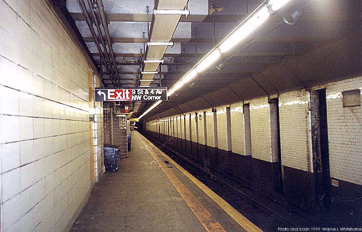 (72k, 743x476)<br><b>Country:</b> United States<br><b>City:</b> New York<br><b>System:</b> New York City Transit<br><b>Line:</b> BMT 4th Avenue<br><b>Location:</b> 9th Street <br><b>Photo by:</b> Wayne Whitehorne<br><b>Date:</b> 12/11/1999<br><b>Viewed (this week/total):</b> 0 / 4541