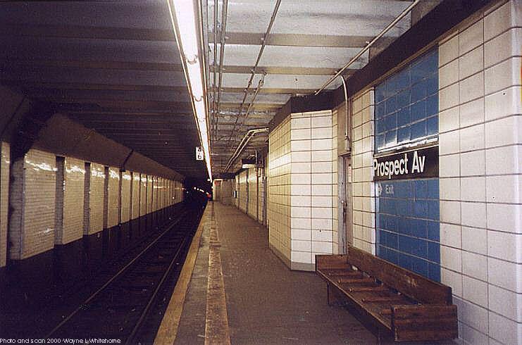 (68k, 741x490)<br><b>Country:</b> United States<br><b>City:</b> New York<br><b>System:</b> New York City Transit<br><b>Line:</b> BMT 4th Avenue<br><b>Location:</b> Prospect Avenue <br><b>Photo by:</b> Wayne Whitehorne<br><b>Date:</b> 1/15/2000<br><b>Viewed (this week/total):</b> 6 / 4087