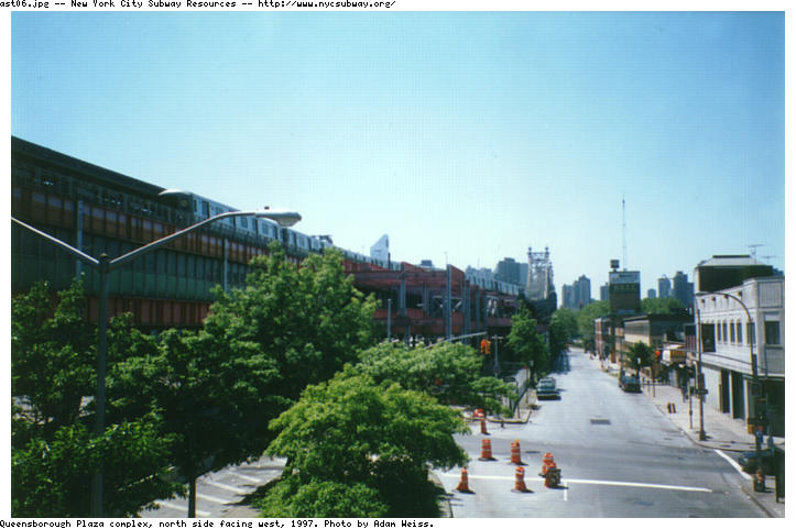 (63k, 723x481)<br><b>Country:</b> United States<br><b>City:</b> New York<br><b>System:</b> New York City Transit<br><b>Line:</b> BMT Astoria Line<br><b>Location:</b> Queensborough Plaza <br><b>Photo by:</b> Adam Weiss<br><b>Date:</b> 1997<br><b>Notes:</b> North side facing west<br><b>Viewed (this week/total):</b> 1 / 2801