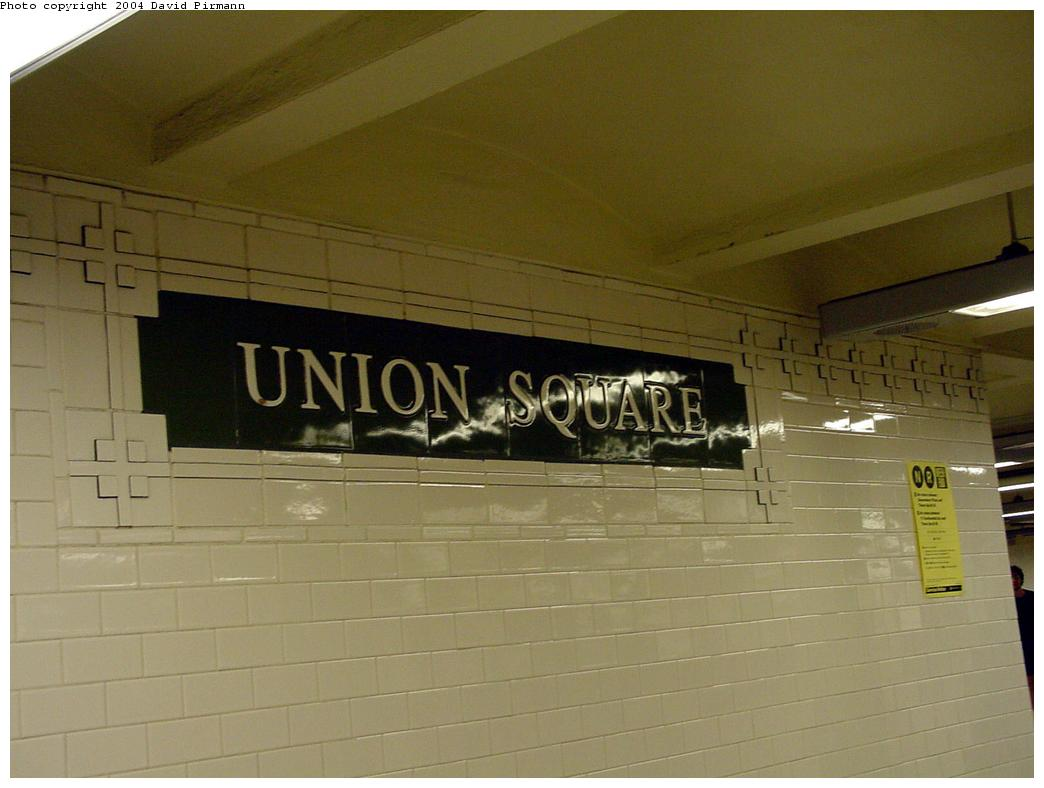 (89k, 1044x788)<br><b>Country:</b> United States<br><b>City:</b> New York<br><b>System:</b> New York City Transit<br><b>Line:</b> BMT Broadway Line<br><b>Location:</b> 14th Street/Union Square <br><b>Photo by:</b> David Pirmann<br><b>Date:</b> 7/3/2000<br><b>Viewed (this week/total):</b> 1 / 3466