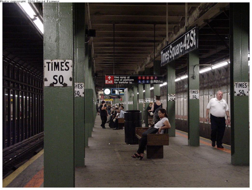 (121k, 1044x788)<br><b>Country:</b> United States<br><b>City:</b> New York<br><b>System:</b> New York City Transit<br><b>Line:</b> BMT Broadway Line<br><b>Location:</b> Times Square/42nd Street <br><b>Photo by:</b> David Pirmann<br><b>Date:</b> 7/3/2000<br><b>Viewed (this week/total):</b> 0 / 5526