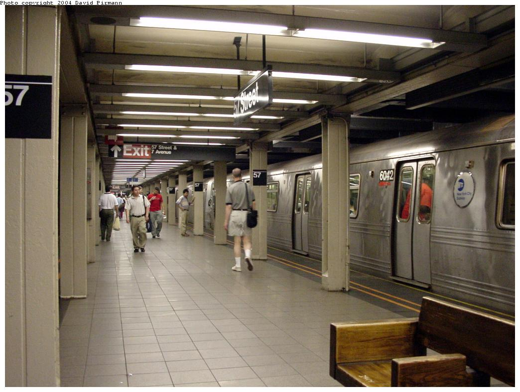 (122k, 1044x788)<br><b>Country:</b> United States<br><b>City:</b> New York<br><b>System:</b> New York City Transit<br><b>Line:</b> BMT Broadway Line<br><b>Location:</b> 57th Street <br><b>Photo by:</b> David Pirmann<br><b>Date:</b> 7/3/2000<br><b>Viewed (this week/total):</b> 2 / 4647