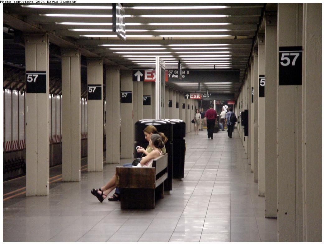 (113k, 1044x788)<br><b>Country:</b> United States<br><b>City:</b> New York<br><b>System:</b> New York City Transit<br><b>Line:</b> BMT Broadway Line<br><b>Location:</b> 57th Street <br><b>Photo by:</b> David Pirmann<br><b>Date:</b> 7/3/2000<br><b>Viewed (this week/total):</b> 1 / 3504