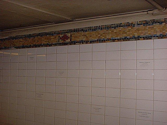 (65k, 640x480)<br><b>Country:</b> United States<br><b>City:</b> New York<br><b>System:</b> New York City Transit<br><b>Line:</b> BMT Broadway Line<br><b>Location:</b> 57th Street <br><b>Photo by:</b> Peggy Darlington<br><b>Date:</b> 2000<br><b>Viewed (this week/total):</b> 1 / 2428