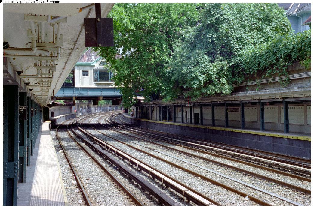 (312k, 1044x697)<br><b>Country:</b> United States<br><b>City:</b> New York<br><b>System:</b> New York City Transit<br><b>Line:</b> BMT Brighton Line<br><b>Location:</b> Beverley Road <br><b>Photo by:</b> David Pirmann<br><b>Date:</b> 7/18/1998<br><b>Viewed (this week/total):</b> 0 / 3064