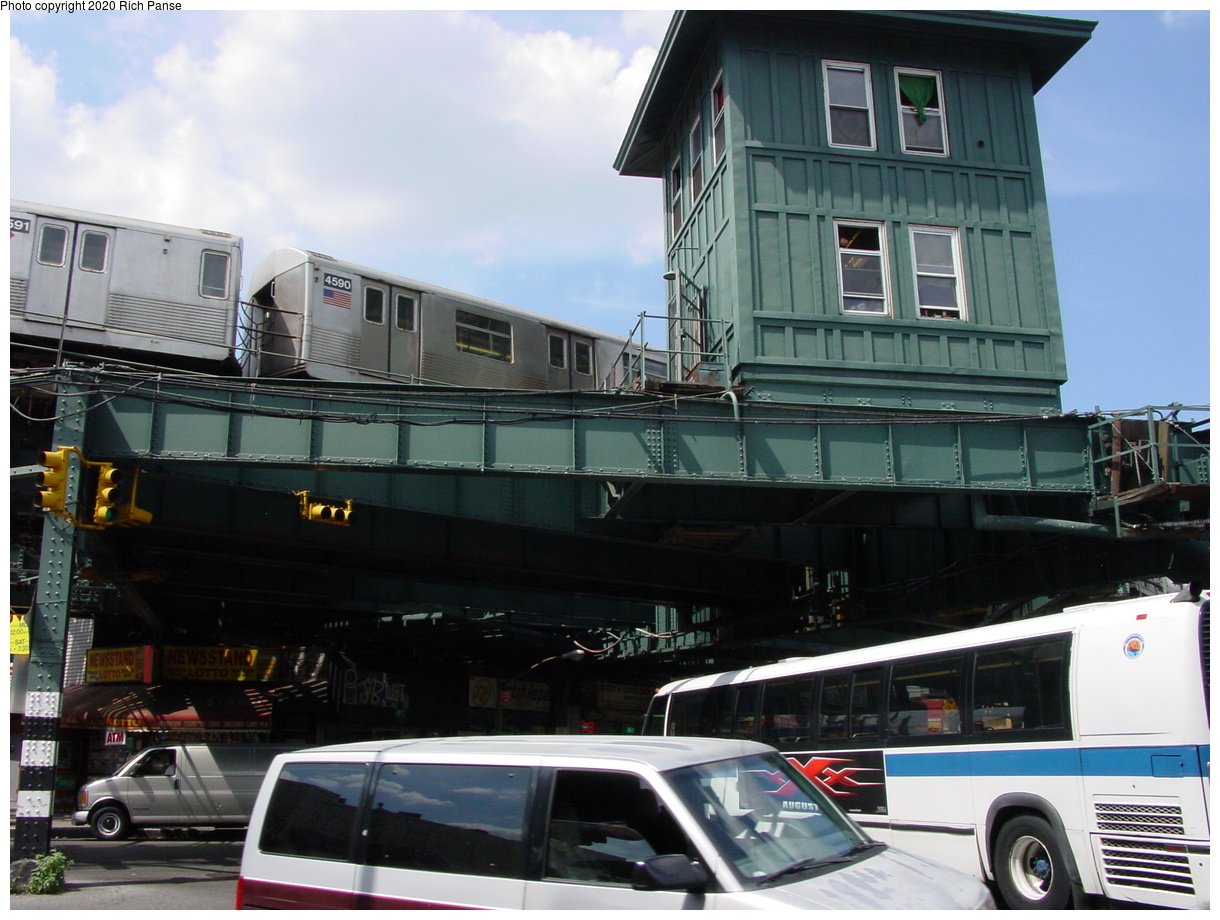 (77k, 820x620)<br><b>Country:</b> United States<br><b>City:</b> New York<br><b>System:</b> New York City Transit<br><b>Line:</b> BMT Myrtle Avenue Line<br><b>Location:</b> Wyckoff Avenue <br><b>Photo by:</b> Richard Panse<br><b>Date:</b> 7/30/2002<br><b>Notes:</b> View of Wyckoff Tower<br><b>Viewed (this week/total):</b> 5 / 5730