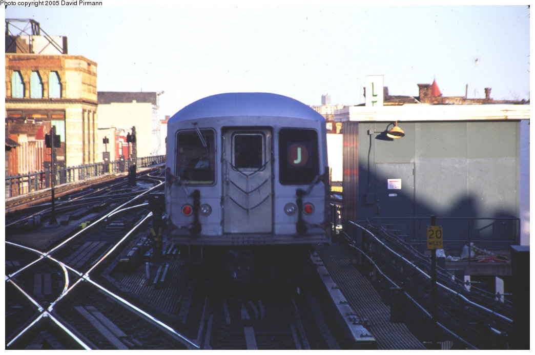 (148k, 1044x693)<br><b>Country:</b> United States<br><b>City:</b> New York<br><b>System:</b> New York City Transit<br><b>Line:</b> BMT Nassau Street/Jamaica Line<br><b>Location:</b> Myrtle Avenue <br><b>Route:</b> J<br><b>Car:</b> R-42 (St. Louis, 1969-1970)   <br><b>Photo by:</b> David Pirmann<br><b>Date:</b> 4/30/1999<br><b>Notes:</b> J train departing Myrtle Avenue<br><b>Viewed (this week/total):</b> 3 / 3459