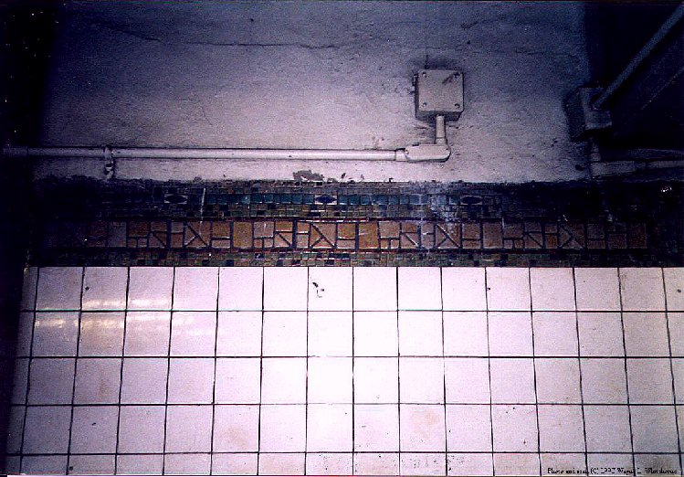 (112k, 749x522)<br><b>Country:</b> United States<br><b>City:</b> New York<br><b>System:</b> New York City Transit<br><b>Line:</b> BMT Canarsie Line<br><b>Location:</b> Bedford Avenue <br><b>Route:</b> L<br><b>Photo by:</b> Wayne Whitehorne<br><b>Date:</b> 9/14/1997<br><b>Viewed (this week/total):</b> 6 / 2889