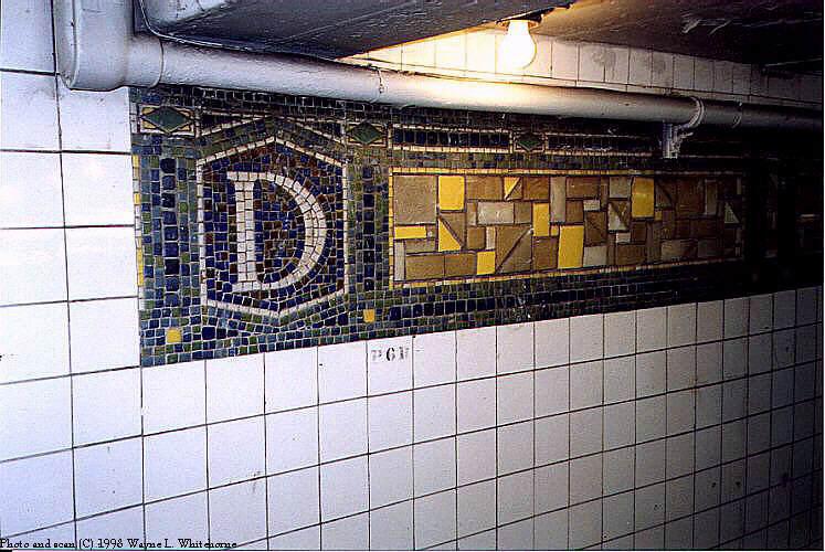 (85k, 747x500)<br><b>Country:</b> United States<br><b>City:</b> New York<br><b>System:</b> New York City Transit<br><b>Line:</b> BMT Canarsie Line<br><b>Location:</b> DeKalb Avenue <br><b>Route:</b> L<br><b>Photo by:</b> Wayne Whitehorne<br><b>Date:</b> 6/28/1998<br><b>Viewed (this week/total):</b> 0 / 2357