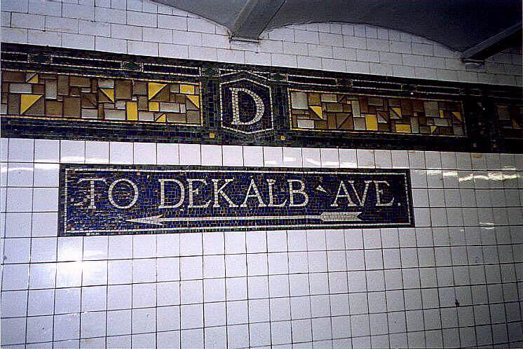 (93k, 746x499)<br><b>Country:</b> United States<br><b>City:</b> New York<br><b>System:</b> New York City Transit<br><b>Line:</b> BMT Canarsie Line<br><b>Location:</b> DeKalb Avenue <br><b>Route:</b> L<br><b>Photo by:</b> Wayne Whitehorne<br><b>Date:</b> 9/14/1997<br><b>Viewed (this week/total):</b> 2 / 3539