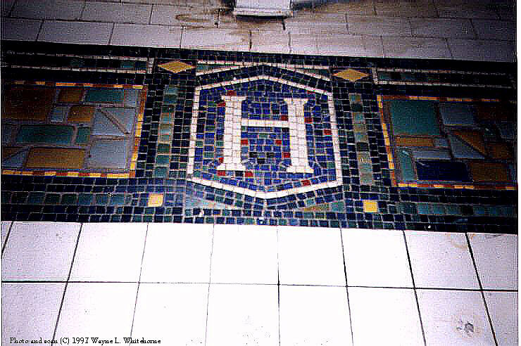 (109k, 740x492)<br><b>Country:</b> United States<br><b>City:</b> New York<br><b>System:</b> New York City Transit<br><b>Line:</b> BMT Canarsie Line<br><b>Location:</b> Halsey Street <br><b>Route:</b> L<br><b>Photo by:</b> Wayne Whitehorne<br><b>Date:</b> 9/14/1997<br><b>Viewed (this week/total):</b> 7 / 2923