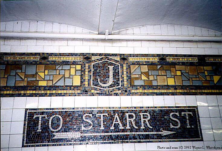 (97k, 735x500)<br><b>Country:</b> United States<br><b>City:</b> New York<br><b>System:</b> New York City Transit<br><b>Line:</b> BMT Canarsie Line<br><b>Location:</b> Jefferson Street <br><b>Route:</b> L<br><b>Photo by:</b> Wayne Whitehorne<br><b>Date:</b> 9/28/1997<br><b>Viewed (this week/total):</b> 0 / 2637