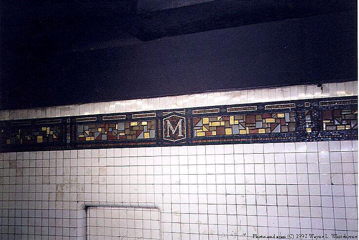 (88k, 736x492)<br><b>Country:</b> United States<br><b>City:</b> New York<br><b>System:</b> New York City Transit<br><b>Line:</b> BMT Canarsie Line<br><b>Location:</b> Myrtle Avenue <br><b>Route:</b> L<br><b>Photo by:</b> Wayne Whitehorne<br><b>Date:</b> 9/14/1997<br><b>Viewed (this week/total):</b> 2 / 2697