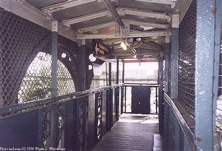 (100k, 730x499)<br><b>Country:</b> United States<br><b>City:</b> New York<br><b>System:</b> New York City Transit<br><b>Line:</b> BMT Canarsie Line<br><b>Location:</b> Sutter Avenue <br><b>Route:</b> L<br><b>Photo by:</b> Wayne Whitehorne<br><b>Date:</b> 6/28/1998<br><b>Viewed (this week/total):</b> 4 / 2810