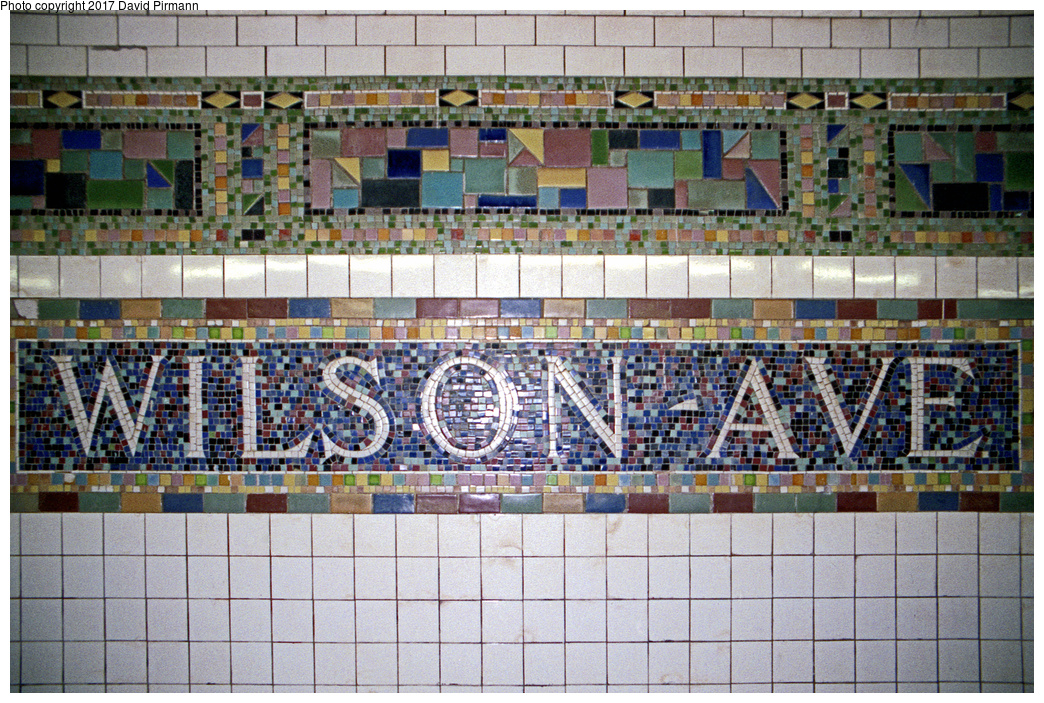 (578k, 1044x703)<br><b>Country:</b> United States<br><b>City:</b> New York<br><b>System:</b> New York City Transit<br><b>Line:</b> BMT Canarsie Line<br><b>Location:</b> Wilson Avenue <br><b>Route:</b> L<br><b>Photo by:</b> David Pirmann<br><b>Date:</b> 8/1/1998<br><b>Viewed (this week/total):</b> 0 / 2773