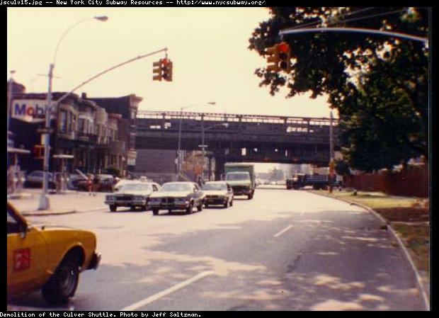 (52k, 620x449)<br><b>Country:</b> United States<br><b>City:</b> New York<br><b>System:</b> New York City Transit<br><b>Line:</b> BMT Culver Line<br><b>Location:</b> Culver Shuttle-Demolition<br><b>Photo by:</b> Jeff Saltzman<br><b>Viewed (this week/total):</b> 0 / 5447