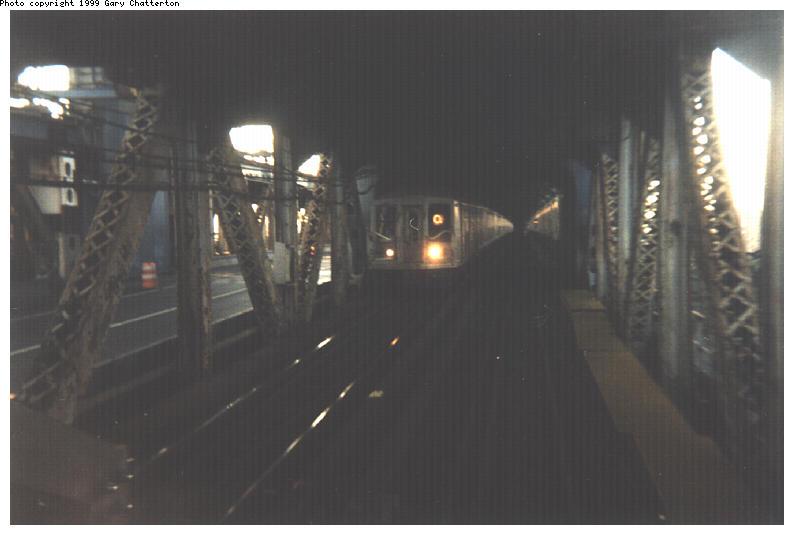 (41k, 794x535)<br><b>Country:</b> United States<br><b>City:</b> New York<br><b>System:</b> New York City Transit<br><b>Location:</b> Manhattan Bridge<br><b>Route:</b> Q<br><b>Photo by:</b> Gary Chatterton<br><b>Date:</b> 8/4/1999<br><b>Viewed (this week/total):</b> 3 / 7128