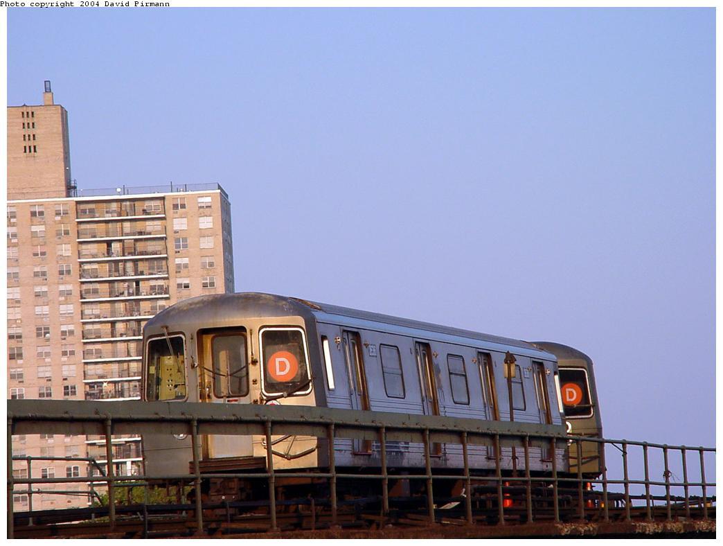 (99k, 1044x788)<br><b>Country:</b> United States<br><b>City:</b> New York<br><b>System:</b> New York City Transit<br><b>Location:</b> Coney Island/Stillwell Avenue<br><b>Route:</b> D<br><b>Car:</b> R-68 (Westinghouse-Amrail, 1986-1988)  2836 <br><b>Photo by:</b> David Pirmann<br><b>Date:</b> 5/17/2000<br><b>Viewed (this week/total):</b> 0 / 5036