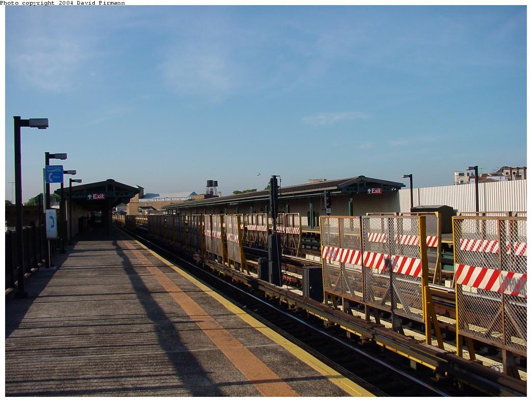 (125k, 1044x788)<br><b>Country:</b> United States<br><b>City:</b> New York<br><b>System:</b> New York City Transit<br><b>Line:</b> BMT West End Line<br><b>Location:</b> 50th Street <br><b>Photo by:</b> David Pirmann<br><b>Date:</b> 5/31/2000<br><b>Viewed (this week/total):</b> 0 / 2038