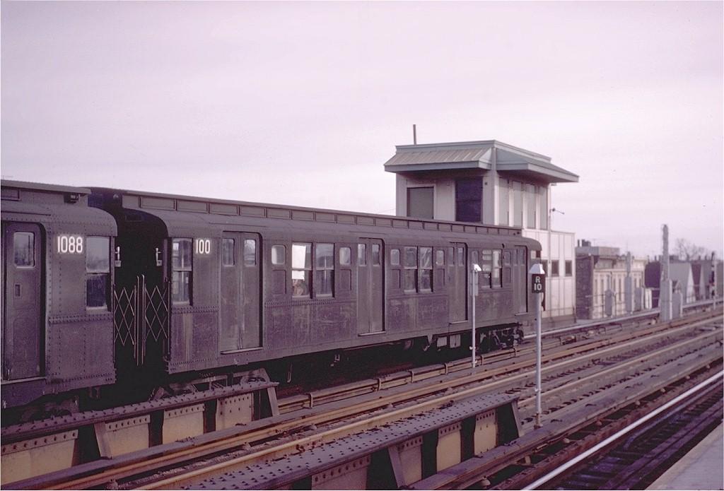 (165k, 1024x695)<br><b>Country:</b> United States<br><b>City:</b> New York<br><b>System:</b> New York City Transit<br><b>Line:</b> BMT Culver Line<br><b>Location:</b> Ditmas Avenue <br><b>Route:</b> F<br><b>Car:</b> R-1 (American Car & Foundry, 1930-1931) 100 <br><b>Photo by:</b> Joel Shanus<br><b>Collection of:</b> Joe Testagrose<br><b>Date:</b> 2/10/1963<br><b>Viewed (this week/total):</b> 0 / 4058