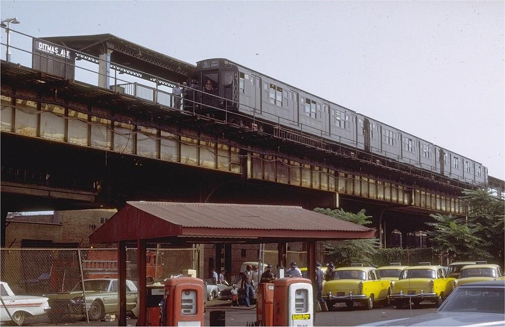 (209k, 1024x663)<br><b>Country:</b> United States<br><b>City:</b> New York<br><b>System:</b> New York City Transit<br><b>Line:</b> BMT Culver Line<br><b>Location:</b> Ditmas Avenue-Shuttle<br><b>Route:</b> Culver Shuttle<br><b>Car:</b> R-1 (American Car & Foundry, 1930-1931) 100 <br><b>Photo by:</b> Joe Testagrose<br><b>Date:</b> 3/4/1971<br><b>Viewed (this week/total):</b> 4 / 5904