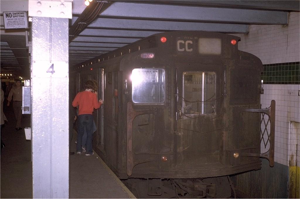 (196k, 1024x680)<br><b>Country:</b> United States<br><b>City:</b> New York<br><b>System:</b> New York City Transit<br><b>Line:</b> IND 8th Avenue Line<br><b>Location:</b> West 4th Street/Washington Square <br><b>Route:</b> CC<br><b>Car:</b> R-1 (American Car & Foundry, 1930-1931) 400 (ex-356)<br><b>Photo by:</b> Joe Testagrose<br><b>Date:</b> 10/12/1970<br><b>Viewed (this week/total):</b> 3 / 3831