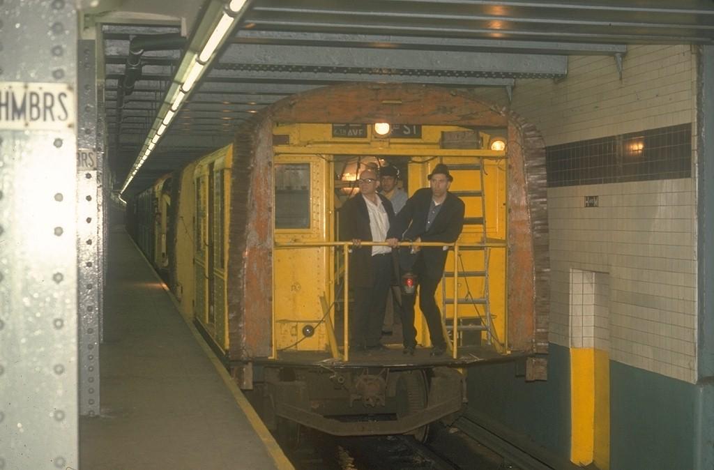 (146k, 1024x674)<br><b>Country:</b> United States<br><b>City:</b> New York<br><b>System:</b> New York City Transit<br><b>Line:</b> IND 8th Avenue Line<br><b>Location:</b> Chambers Street/World Trade Center <br><b>Car:</b> R-1 (American Car & Foundry, 1930-1931) XC575 (ex-192)<br><b>Photo by:</b> Joe Testagrose<br><b>Date:</b> 5/19/1970<br><b>Notes:</b> 75' Test Car ex-192<br><b>Viewed (this week/total):</b> 0 / 8002