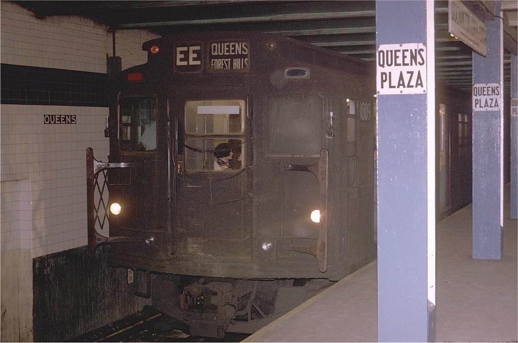 (190k, 1024x678)<br><b>Country:</b> United States<br><b>City:</b> New York<br><b>System:</b> New York City Transit<br><b>Line:</b> IND Queens Boulevard Line<br><b>Location:</b> Queens Plaza <br><b>Route:</b> EE<br><b>Car:</b> R-4 (American Car & Foundry, 1932-1933) 1009 (ex-823)<br><b>Photo by:</b> Joe Testagrose<br><b>Date:</b> 6/22/1970<br><b>Viewed (this week/total):</b> 6 / 3655