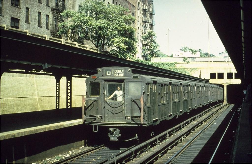 (225k, 1024x665)<br><b>Country:</b> United States<br><b>City:</b> New York<br><b>System:</b> New York City Transit<br><b>Line:</b> BMT Brighton Line<br><b>Location:</b> Prospect Park <br><b>Route:</b> D<br><b>Car:</b> R-4 (American Car & Foundry, 1932-1933) 446 <br><b>Photo by:</b> Ed Bacher<br><b>Collection of:</b> Joe Testagrose<br><b>Date:</b> 9/1970<br><b>Viewed (this week/total):</b> 0 / 4941