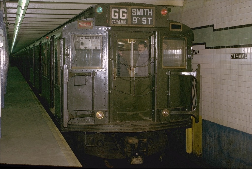 (205k, 1024x688)<br><b>Country:</b> United States<br><b>City:</b> New York<br><b>System:</b> New York City Transit<br><b>Line:</b> IND Queens Boulevard Line<br><b>Location:</b> 71st/Continental Aves./Forest Hills <br><b>Route:</b> Fan Trip<br><b>Car:</b> R-4 (American Car & Foundry, 1932-1933) 484 <br><b>Photo by:</b> Joe Testagrose<br><b>Date:</b> 5/5/1974<br><b>Viewed (this week/total):</b> 0 / 4352