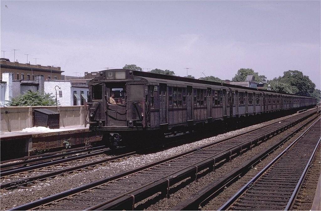 (258k, 1024x673)<br><b>Country:</b> United States<br><b>City:</b> New York<br><b>System:</b> New York City Transit<br><b>Line:</b> BMT Brighton Line<br><b>Location:</b> Avenue J <br><b>Route:</b> D<br><b>Car:</b> R-4 (American Car & Foundry, 1932-1933) 698 <br><b>Photo by:</b> Joe Testagrose<br><b>Date:</b> 6/29/1970<br><b>Viewed (this week/total):</b> 3 / 3359