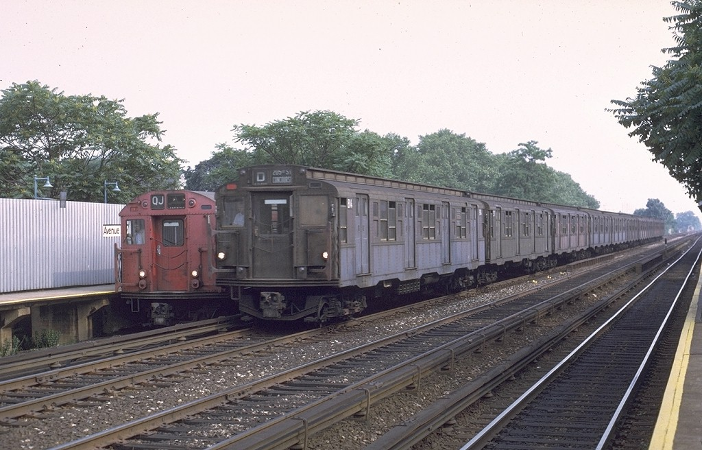 (205k, 1024x656)<br><b>Country:</b> United States<br><b>City:</b> New York<br><b>System:</b> New York City Transit<br><b>Line:</b> BMT Brighton Line<br><b>Location:</b> Avenue J <br><b>Route:</b> D<br><b>Car:</b> R-4 (American Car & Foundry, 1932-1933) 814 <br><b>Photo by:</b> Joe Testagrose<br><b>Date:</b> 6/27/1972<br><b>Viewed (this week/total):</b> 4 / 3700