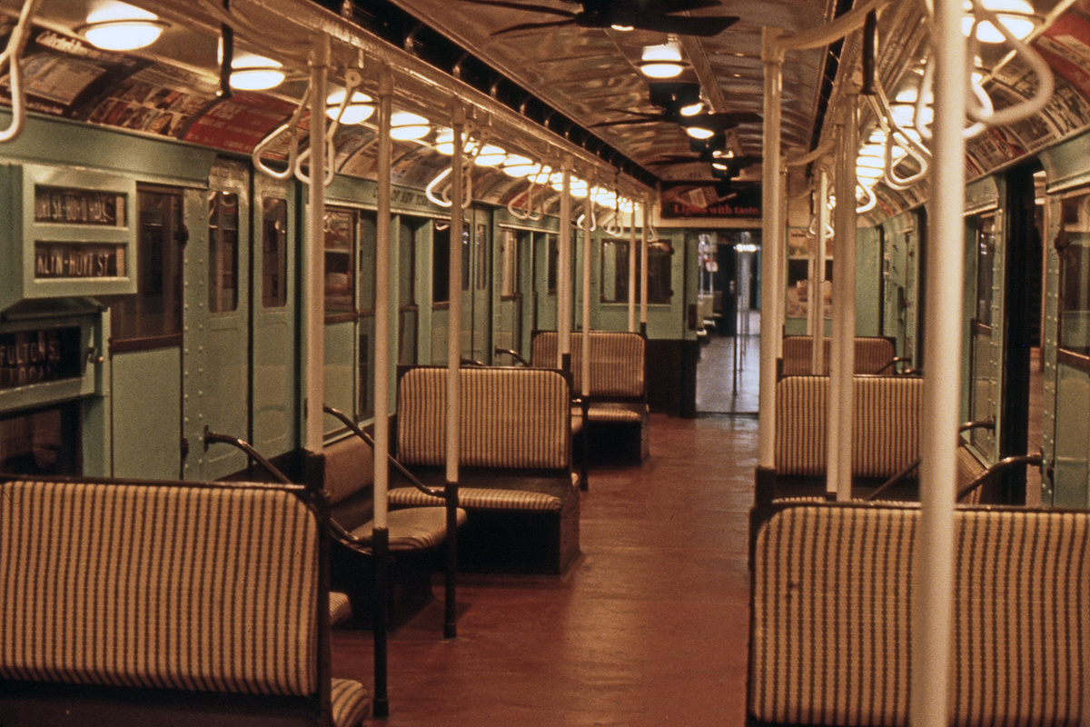 (490k, 1024x683)<br><b>Country:</b> United States<br><b>City:</b> New York<br><b>System:</b> New York City Transit<br><b>Location:</b> New York Transit Museum<br><b>Car:</b> R-4 (American Car & Foundry, 1932-1933) 484 <br><b>Photo by:</b> Steve Hoskins<br><b>Collection of:</b> David Pirmann<br><b>Date:</b> 8/1979<br><b>Viewed (this week/total):</b> 7 / 16595